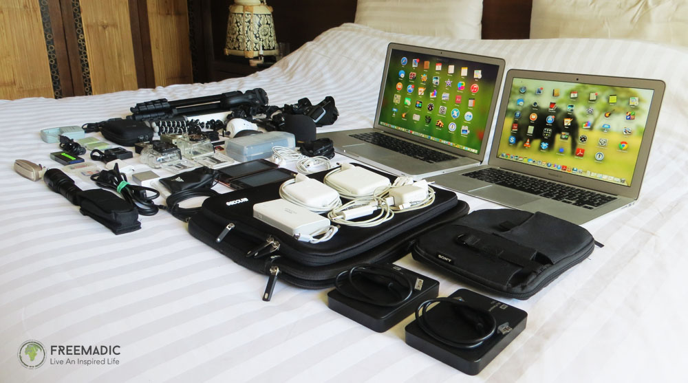 Digital Nomad Mobile Office Setup