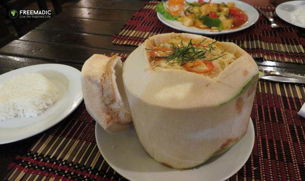 freemadic_chiang_mai_veg_food_coconut_curry